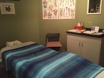 Lee-Erin Fairbairn Registered Massage Therapist - Registered Massage Therapists - 604-723-6701