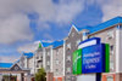 Holiday Inn Express & Suites CALGARY SOUTH-MACLEOD TRAILS - Hotels