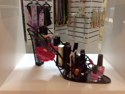 Gifts And Blings - Gift Shops - 905-405-1000