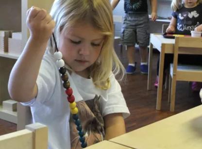 Stepping Stones Montessori - Écoles maternelles et pré-maternelles
