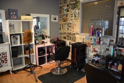 Lavish Salon & Massage - Hairdressers & Beauty Salons - 780-451-8363