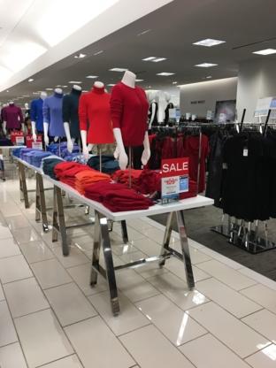 Hudson's Bay - Grands magasins - 604-273-3844