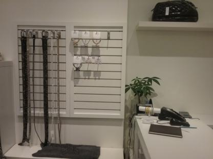 Boutique Must - Centres commerciaux - 514-225-9150