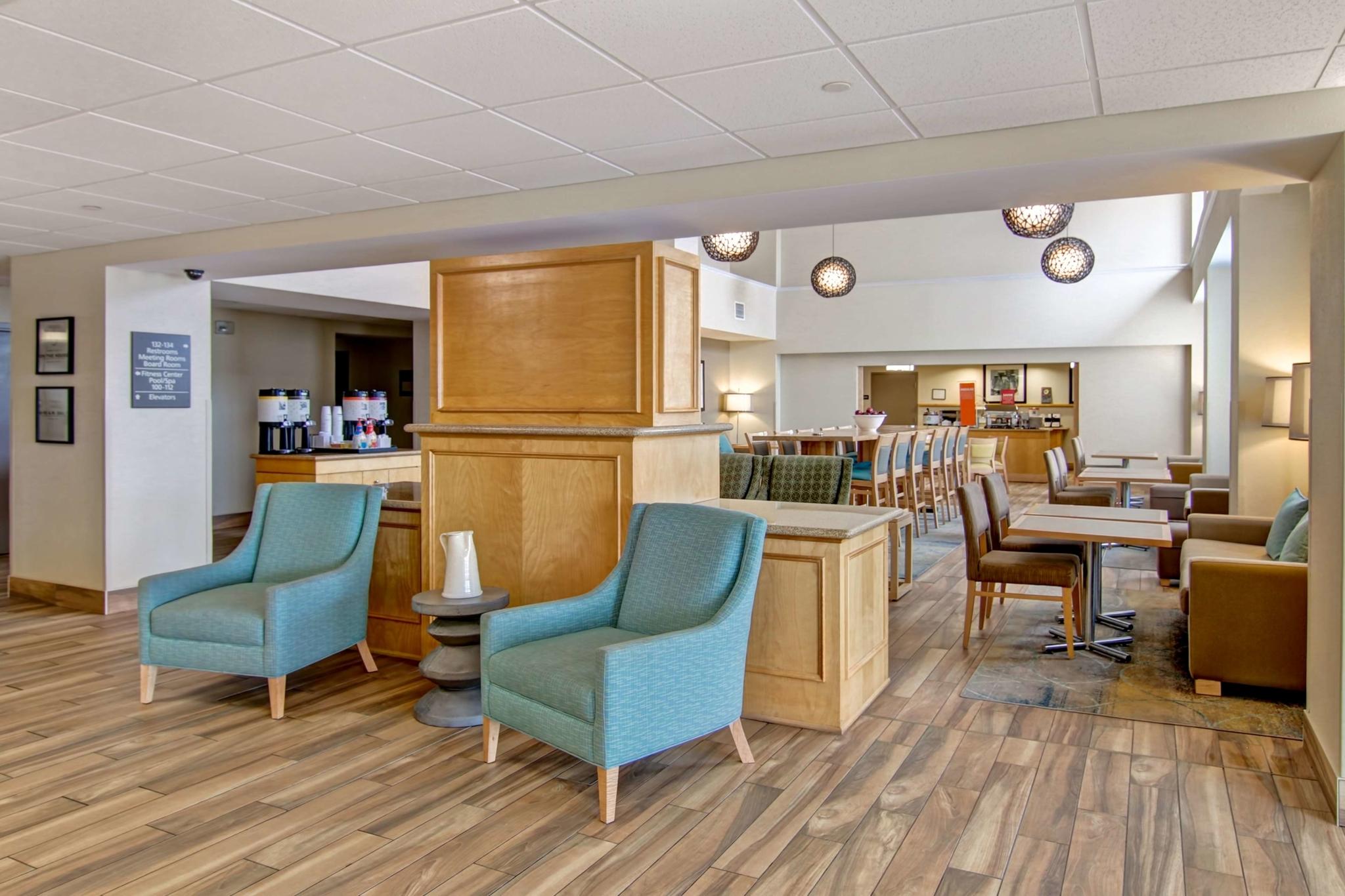 Hampton Inn & Suites by Hilton Saint John - Hotels