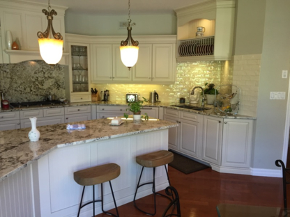 Hayes Custom Woodworking - Kitchen Cabinets