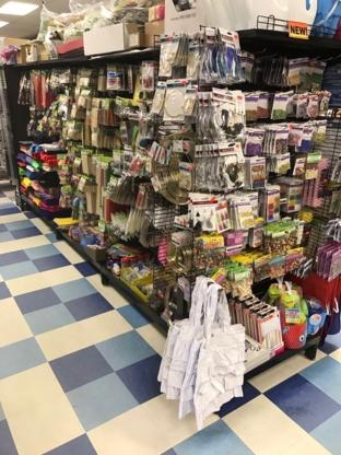 Loonie Twoons Discount Party Store - Accessoires de réceptions