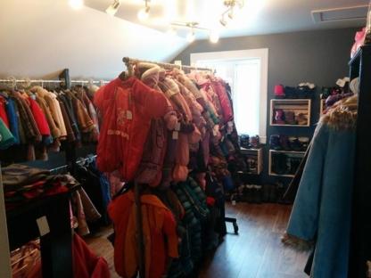 Boutique Petites Fleurs - Vêtements de maternité - 450-756-6254