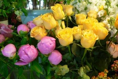 Quince Fine Florals - Florists & Flower Shops - 604-263-0202