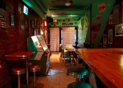 Black Dice Café - Bars