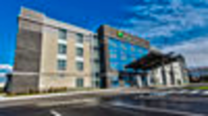 Holiday Inn Express & Suites Vaudreuil-Dorion - Hotels - 1-877-654-0228