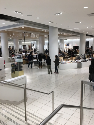Nordstrom Pacific Centre - Grands magasins - 604-699-2100