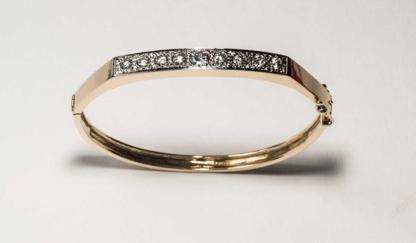Terry Mooney Goldsmith - Jewellers & Jewellery Stores - 604-421-4653