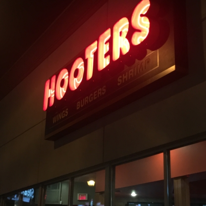 Hooters Niagara - Restaurants - 905-357-4668