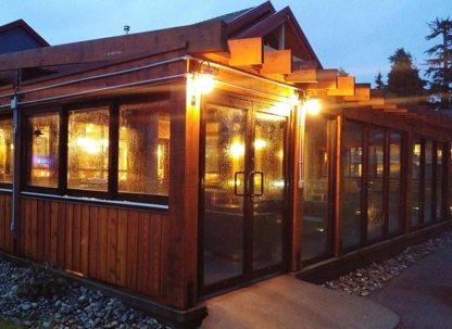 The Beachfront Bistro - Restaurants - 250-725-4445
