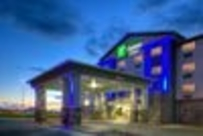 Holiday Inn Express & Suites Dawson Creek - Hotels