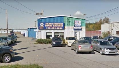 Atelier De Débosselage Daniel Gauthier - Auto Body Repair & Painting Shops