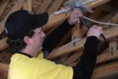 Weitz Electric Ltd - Electricians & Electrical Contractors - 403-394-0033