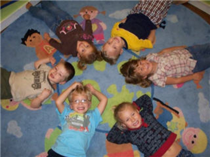 Lil'Foot Childcare - Childcare Services - 250-828-2955