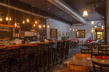 Bistro Le Passe Compose - French Restaurants