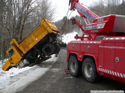Pouliot Beaulieu 2000 Inc - Vehicle Towing - 418-660-4040