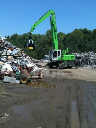 Newcastle Salvage - Bulky, Commercial & Industrial Waste Removal - 905-987-4741
