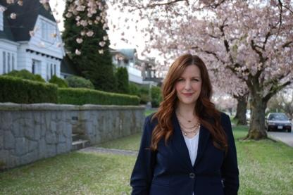 Lara Davis Real Estate Professional - Real Estate Brokers & Sales Representatives - 604-868-8208