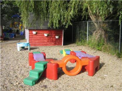 Middleton & District Day Care Centre - Kindergartens & Pre-school Nurseries