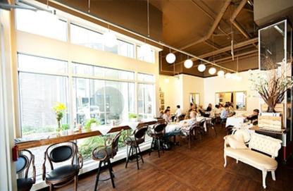 Bob's Café - Restaurants - 514-507-7873