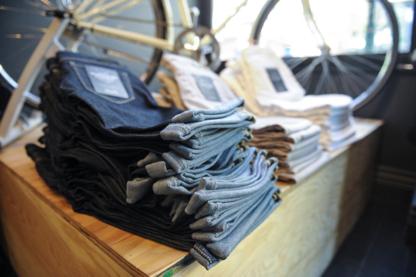 Dish & Duer Performance Denim - Jeans