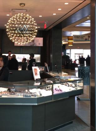 Crystique - Jewellers & Jewellery Stores - 604-530-7448
