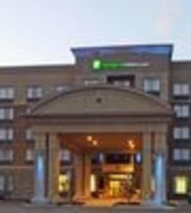Holiday Inn Express & Suites North Bay - Hôtels