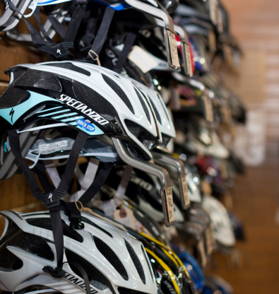 Velomania Inc - Sporting Goods Stores - 819-822-0237
