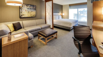 Hyatt Place - Hotels - 780-244-4900