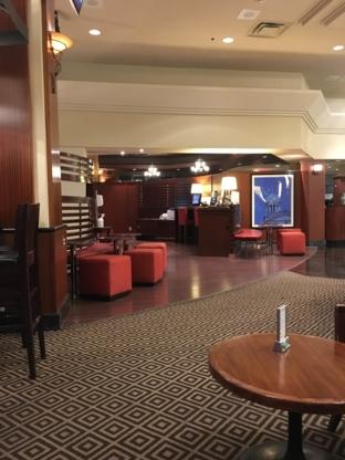 Sheraton Gateway Hotel Toronto International Airport - Hotels - 905-672-7000