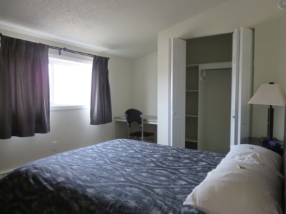 Hay River Suites - Motels