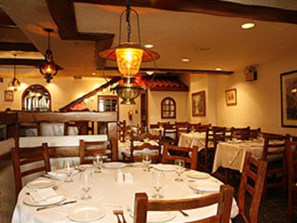 Palace Restaurant - Greek Restaurants - 647-361-5842