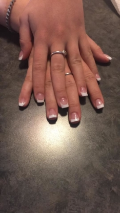 Esthetics & Nails By Melisa - Ongleries