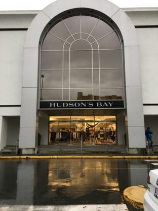 Hudson's Bay Richmond Centre Rmd - Department Stores - 604-273-3844