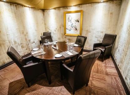 Calvi - Restaurants - 450-680-1656