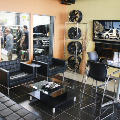 Universal Collision Centre - Auto Body Repair & Painting Shops - 306-757-7044
