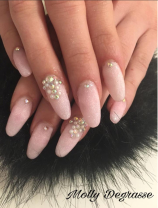Ongles et Design Molly - Manicures & Pedicures
