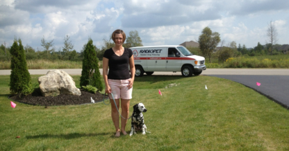 Radio Pet Canada - Fences