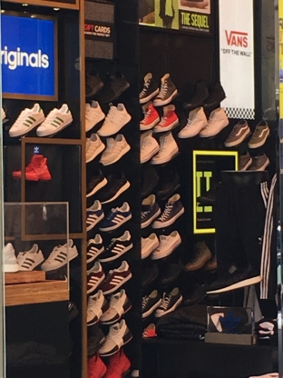 Foot Locker - Shoe Stores - 604-608-1804