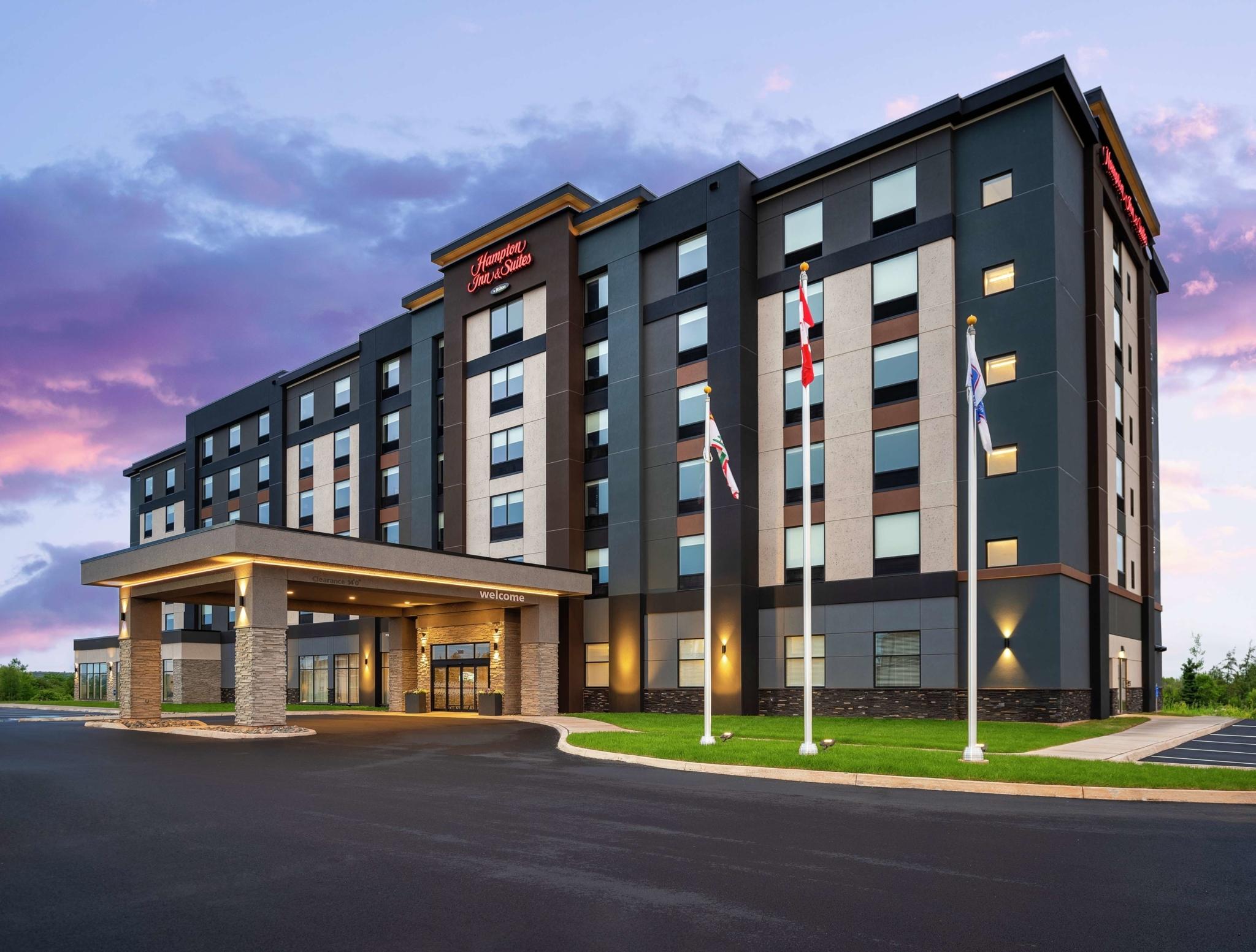 Hampton Inn & Suites Charlottetown - Hotels
