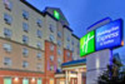 Holiday Inn Express & Suites Edmonton South - Hotels