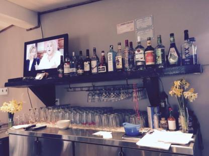 Resto Bar des Érables - Restaurants - 819-858-2412