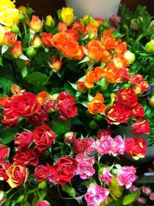 Fleuriste Napierville 20% de Rabais - Florists & Flower Shops - 450-245-7831