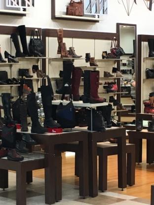Tendances Chaussures - Magasins de chaussures - 450-466-9857
