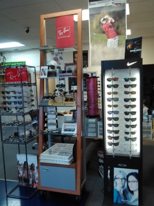 Maaz Optical Ltd - Optometrists - 905-623-2688