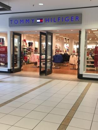 Tommy Hilfiger - Magasins de vêtements pour hommes